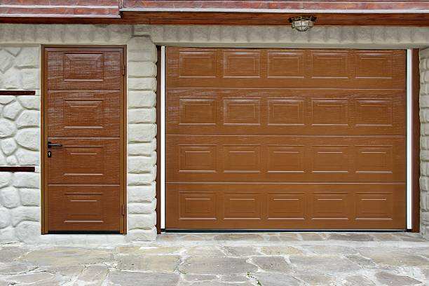 Automatic Roll-up Garage Gate and Door in White Natural Stone Wall